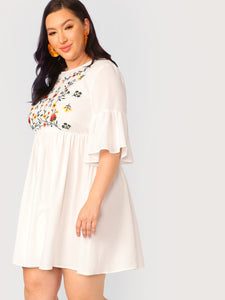 Plus Flare Sleeve Flower Embroidered Dress