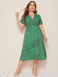 Plus Ditsy Floral Print Tie Side Dress
