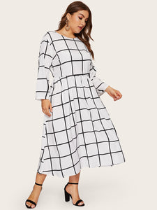 Plus Pocket Side Grid Dress
