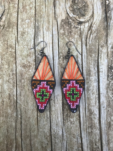 Thai Wooden Embroidered Fabric Earrings No. 8