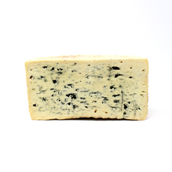 Bleu D'Auvergne L'or Des Domes - Cured and Cultivated