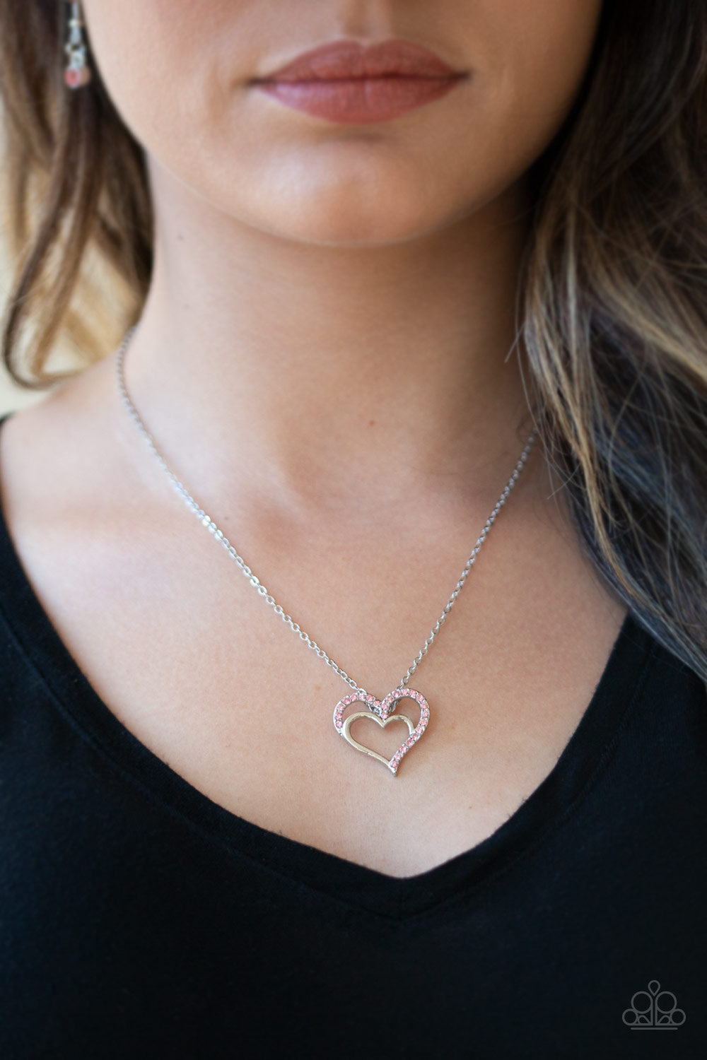 Paparazzi Jewelry Valentines Heart to Heartthrob Pink