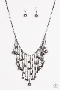 Paparazzi Jewelry Necklace Catwalk Champ Black