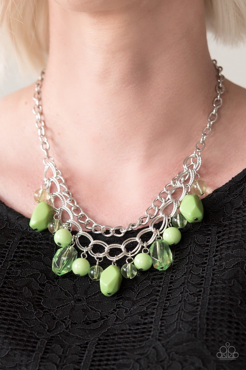 Paparazzi Jewelry Necklace  Brazilian Bay - Green