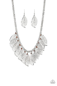 Paparazzi Jewelry Necklace Feathery Foliage - Brown