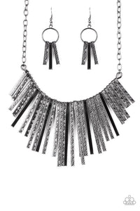 Paparazzi Jewelry Necklace Welcome To The Pack Black