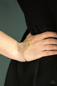 Paparazzi Jewelry Valentines Pull Some HEART-strings