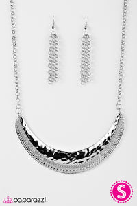 Paparazzi Jewelry Necklace STEER Clear - Silver