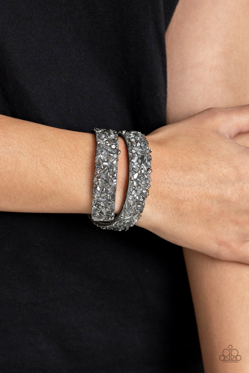 Paparazzi Jewelry Bracelet CRUSH To Conclusions - Silver