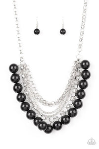 Paparazzi Jewelry Necklace One-Way WALL STREET - Black