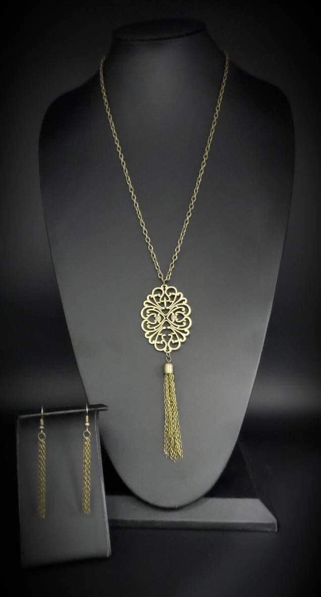 Paparazzi Jewelry Necklace A MANDALA Of The People Brass