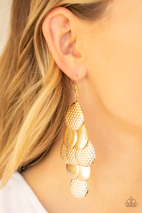 Paparazzi Jewelry Earrings Chime Time - Gold
