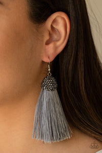 Paparazzi Jewelry Earrings Razzle Riot - Silver