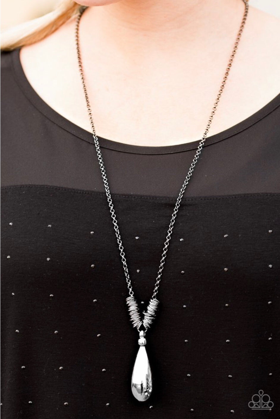Paparazzi Jewelry Necklace Just A Drop - Black