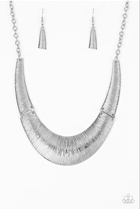 Paparazzi Jewelry Necklace Feast or Famine - Silver