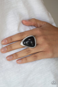 Paparazzi Jewelry Ring Stone Scene - Black