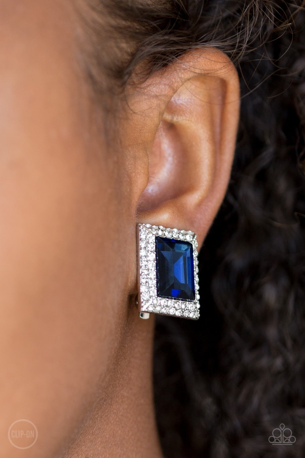Paparazzi Jewelry Earrings Crowned Couture - Blue Clip-On