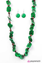 Load image into Gallery viewer, Paparazzi Jewelry Wooden Caribbean Carnival - Green