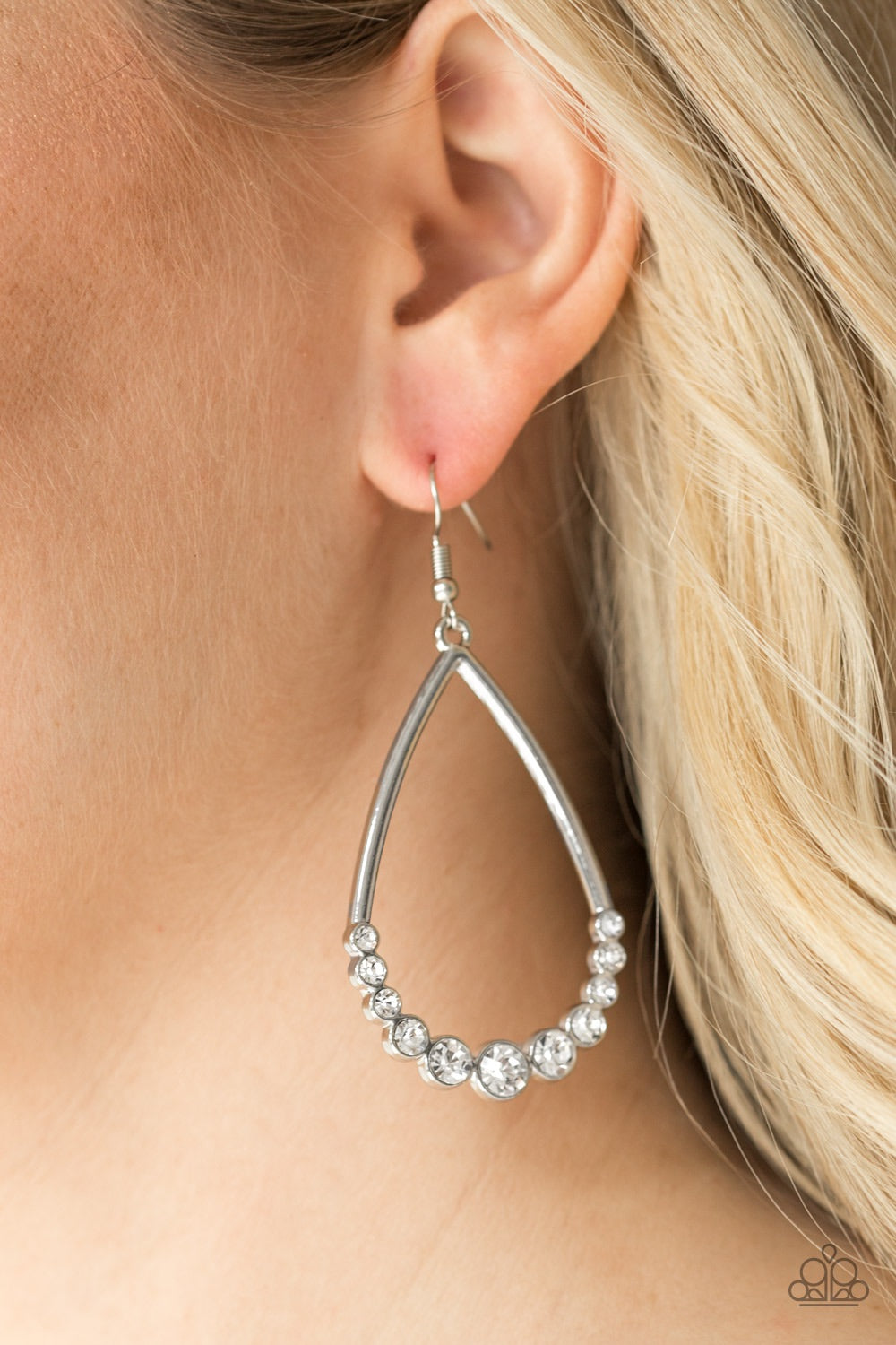Paparazzi Jewelry Earrings Dipped In Diamonds - White