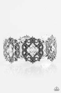 Paparazzi Jewelry Bracelet EMPRESS-ive Shimmer - White