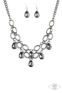 Paparazzi Jewelry Necklace Show-Stopping Shimmer - Black