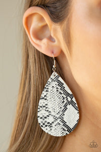 Paparazzi Jewelry Earrings Hiss, Hiss - White