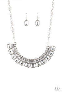 Paparazzi Jewelry Necklace Killer Knockout - White