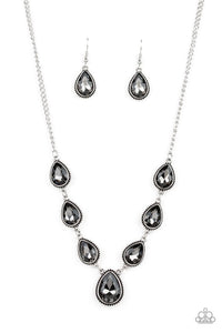 Paparazzi Jewelry Necklace Socialite Social - Silver