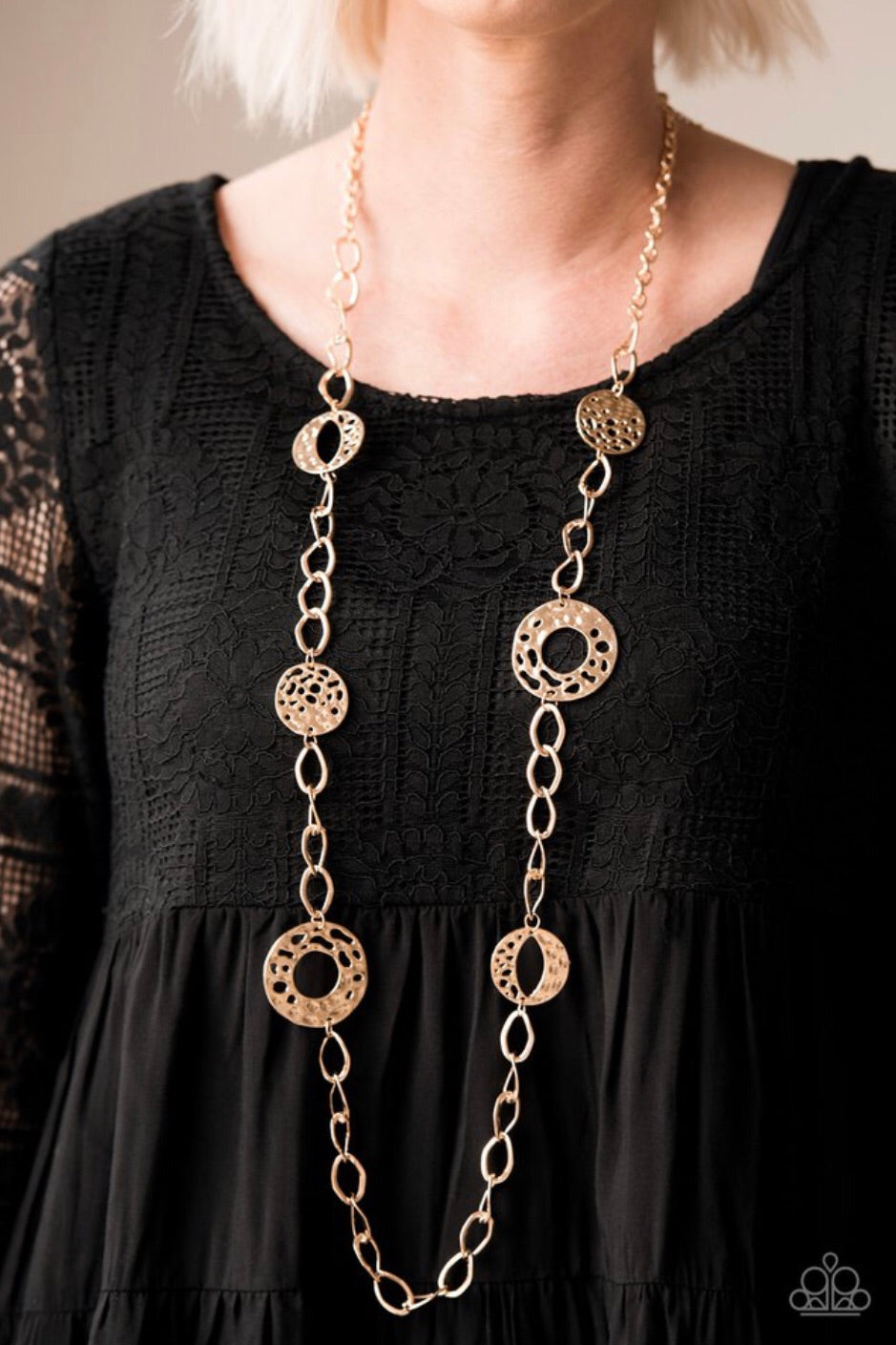Paparazzi Jewelry Necklace Industrial Mayhem - Gold