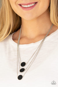 Paparazzi Jewelry Necklace CEO of Chic - Black