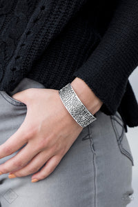Paparazzi Jewelry Bracelet Nature Mode - Silver