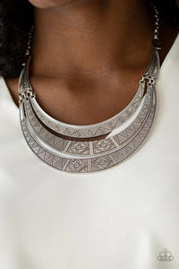 Paparazzi Jewelry Necklace Take All You Can GATHERER - Silver