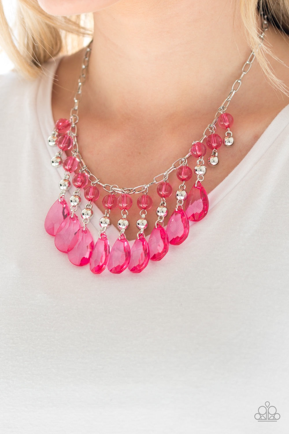 Paparazzi Jewelry Necklace Beauty School Drop Out - Pink
