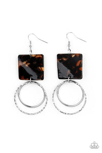 Paparazzi Jewelry Earrings Maven Maker - Black