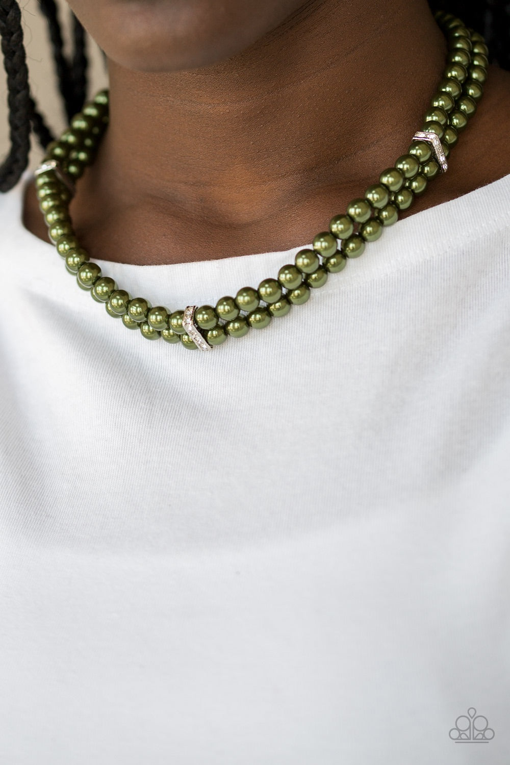 Paparazzi Jewelry Necklace Put On Your Party Dress - Green