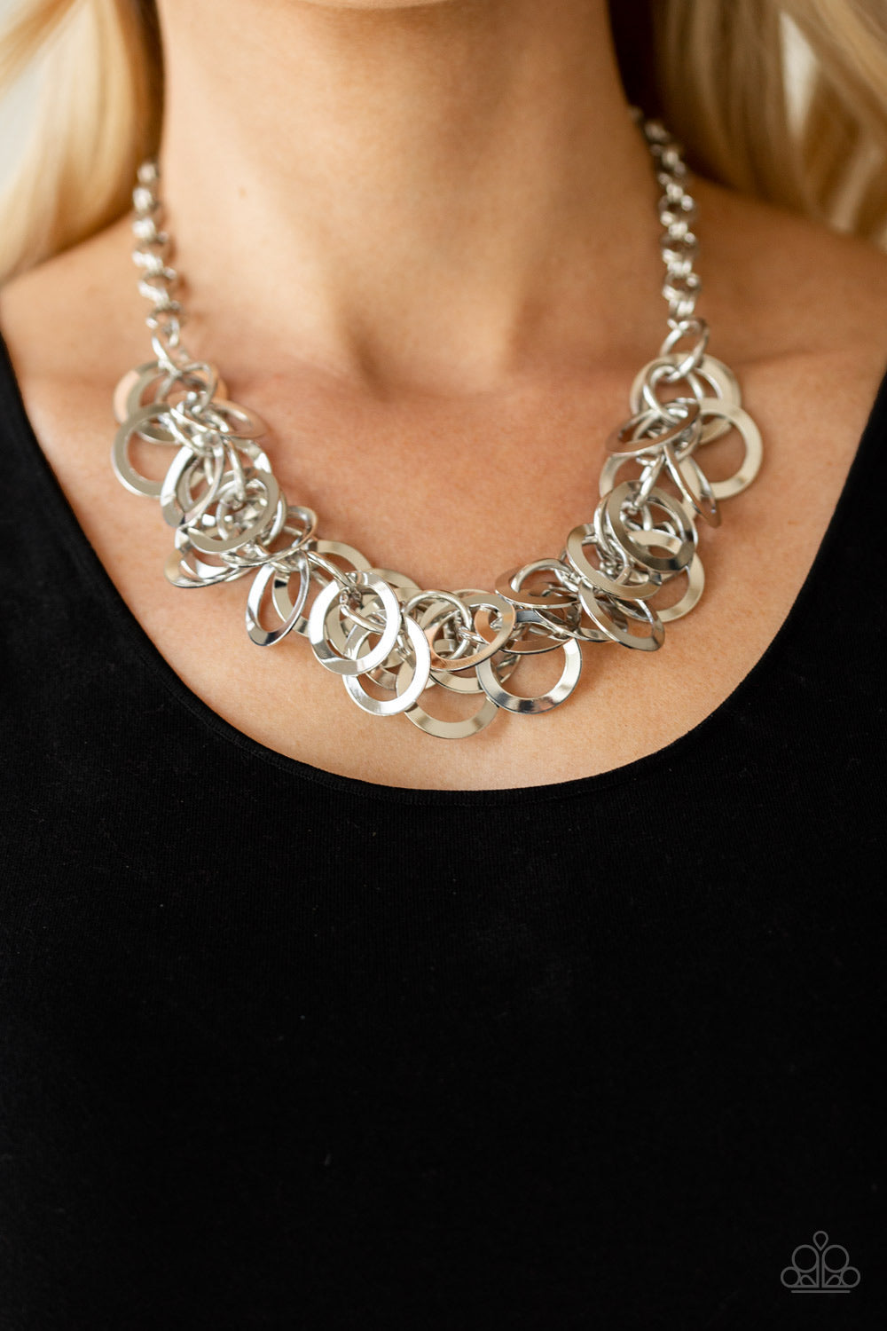 Paparazzi Jewelry Necklace Ringing In The Bling - Silver