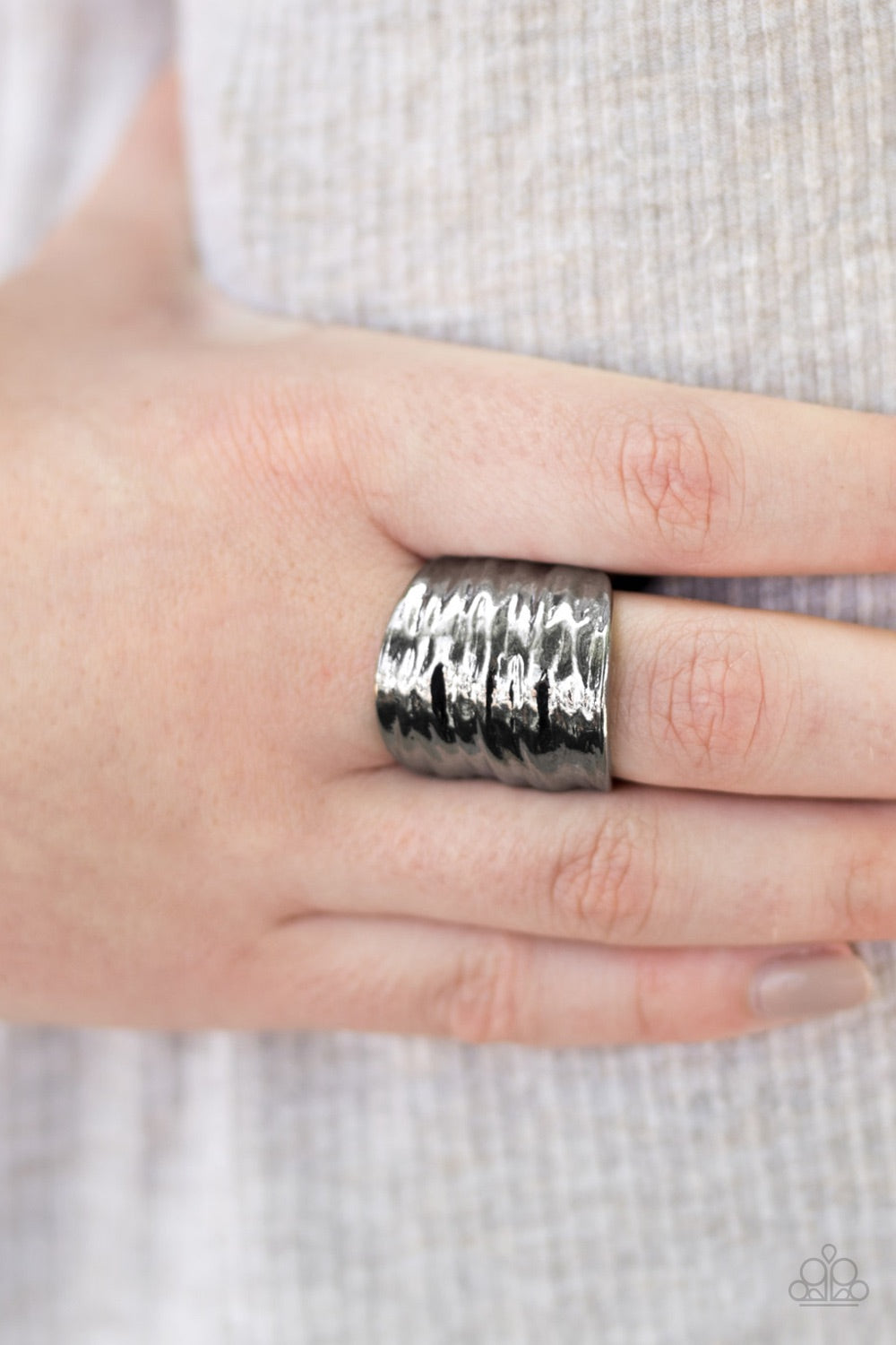 Paparazzi Jewelry Ring Just A Ripple - Black