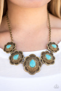 Paparazzi Jewelry Necklace Too Many Chiefs - Brass