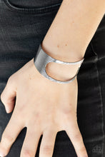 Load image into Gallery viewer, Paparazzi Jewelry Bracelet What GLEAMS Are Made Of - Black