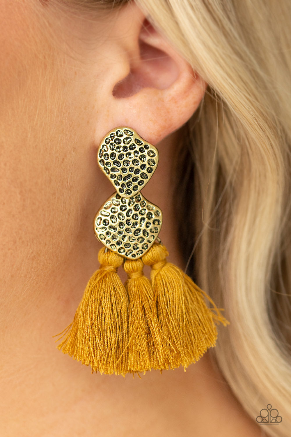 Paparazzi Jewelry Earrings Tenacious Tassel - Yellow
