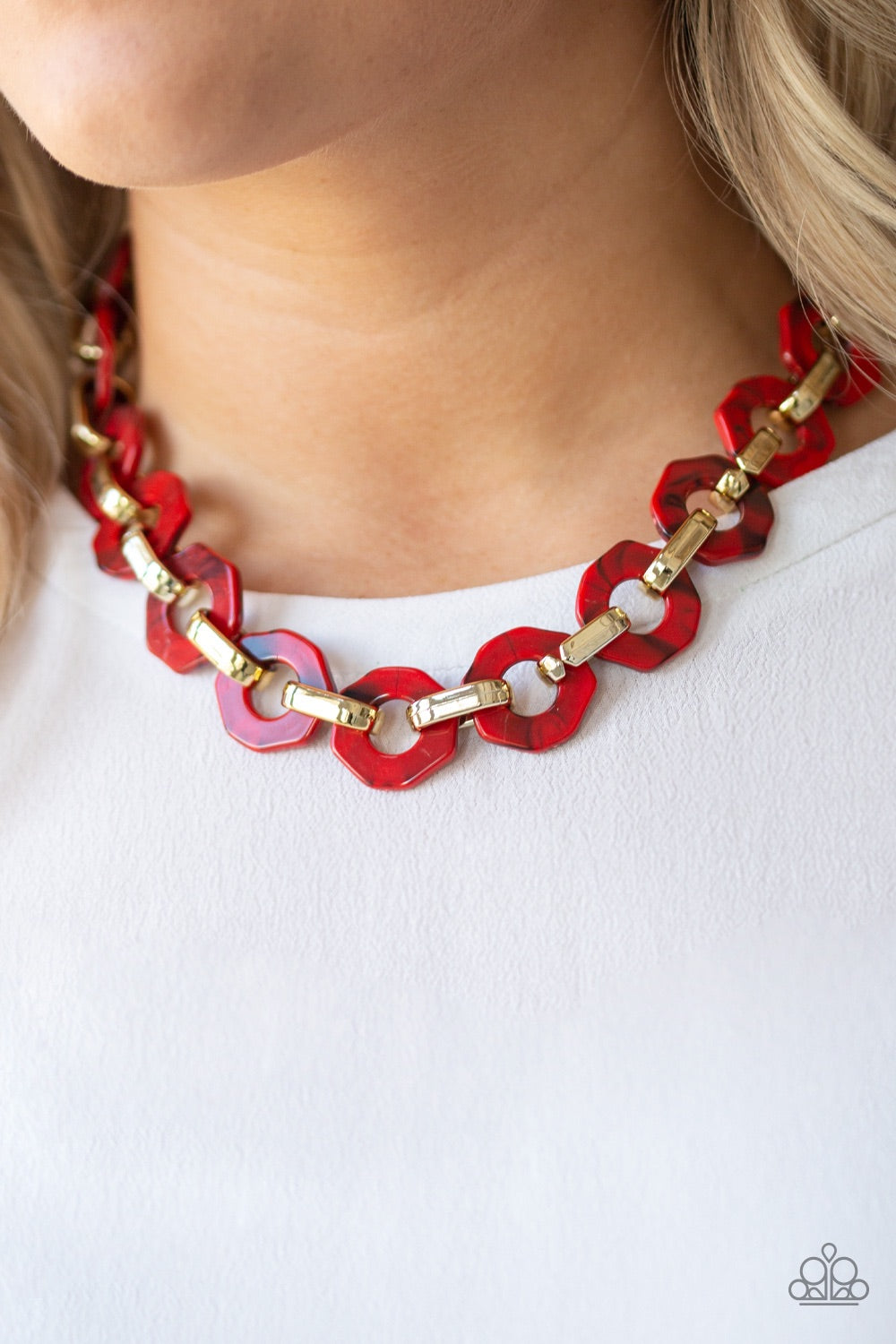 Paparazzi Jewelry Necklace Fashionista Fever - Red
