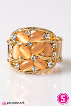 Load image into Gallery viewer, Paparazzi Jewelry Ring Moonbeam Light - Gold