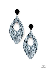 Paparazzi Jewelry Earrings Metro Retrospect - White