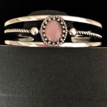Load image into Gallery viewer, Paparazzi Jewelry Bracelet Top Of The Pop Charts Pink