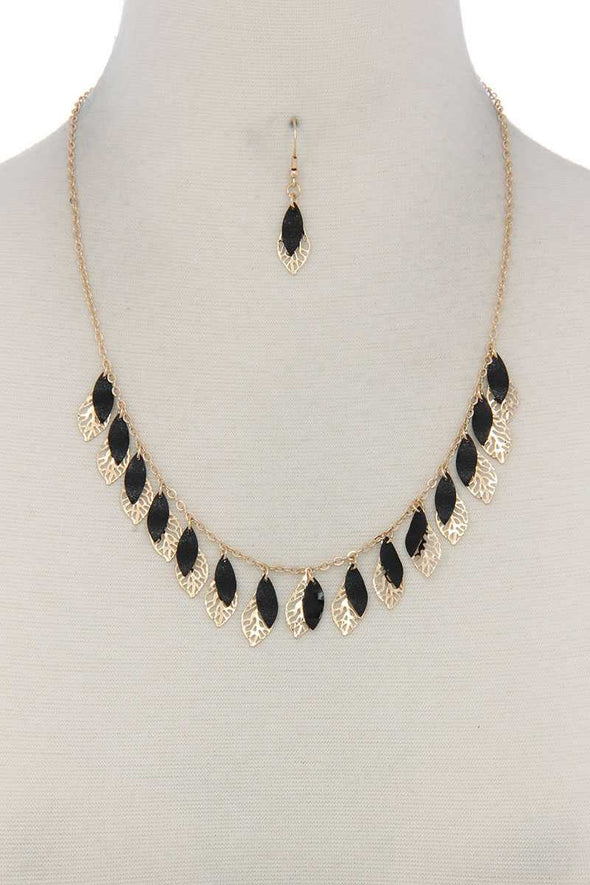Cut Out Leaf Pointed Oval Shape Dangle Necklace - Babe Shoppe