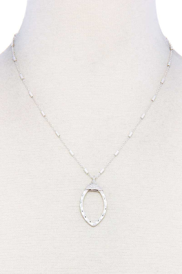 Fashion Oval Chic Necklace - Babe Shoppe