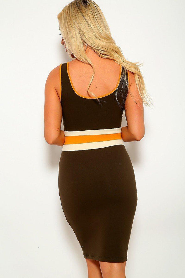 Solid, Color Block Contrast, Sleeveless, Round Neckline, Stripe Detail, And Stretchy. Followed By Fitted Wear - Babe Shoppe