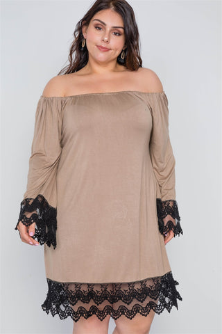 Plus Size Off-the-shoulder Lace Hem Dress