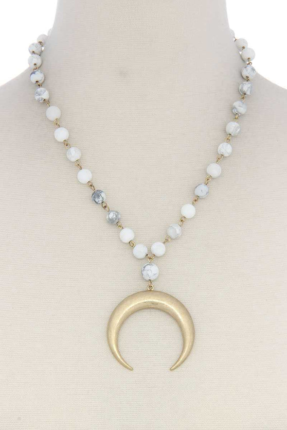 Crescent Moon Beaded Short Necklace - Babe Shoppe