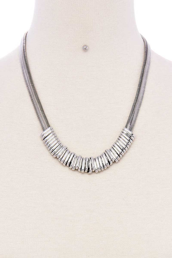 Chunky Snake Chain With Rings Short Necklace - Babe Shoppe